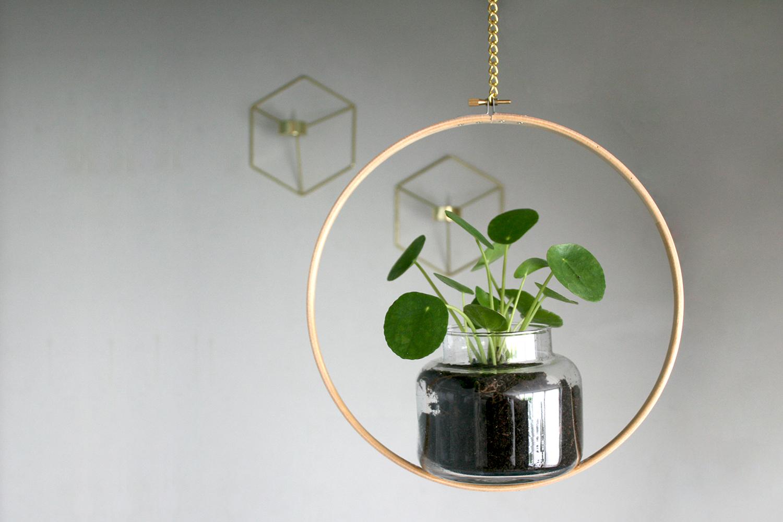 interiorlicious-diy-hangende-bloempot-in-cirkel